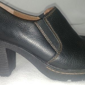 Born Concept womens pebbled leather shoes